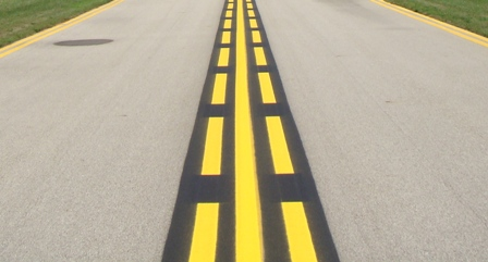 enhanced taxiway centerline